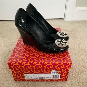 Tory Burch Sophie Patent Leather Wedge Size 6.5
